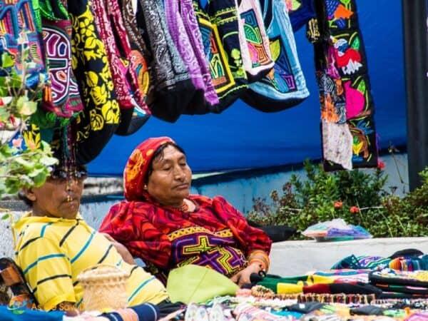 Kuna Yala Traditional Dress