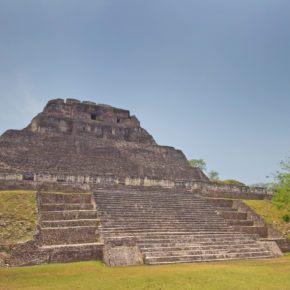 travel tip: Belize has lots of Mayan ruins