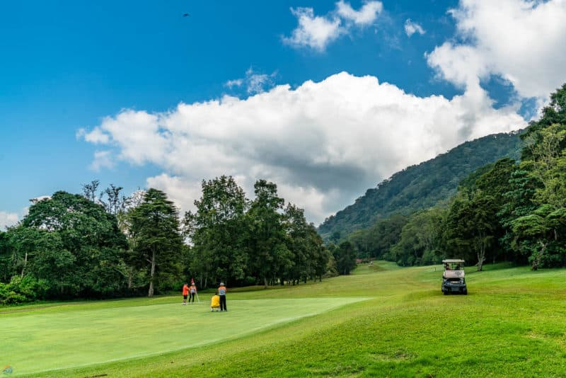 Handara's world class golf course next to the mountains.