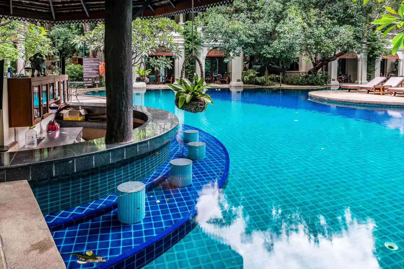 Centara Khum Phaya Resort and Spa Chiang Mai swim up bar