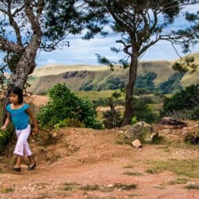 Children playing while overlooking El Valle de Anton