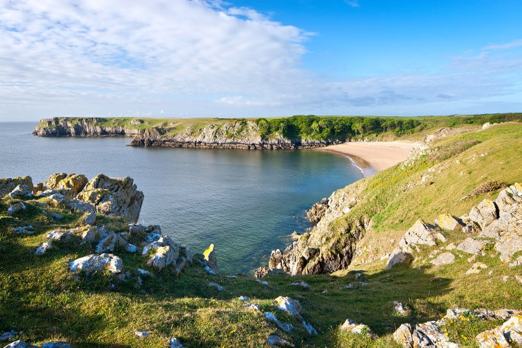 beautiful barafundle bay in wales