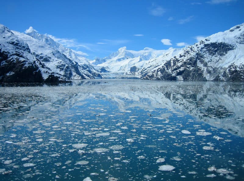 sightseeing in glacier bay alaska.