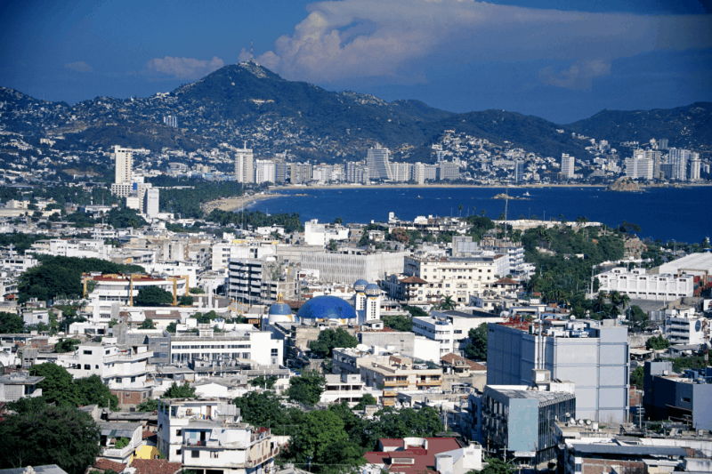 Overview of Acapulco bay