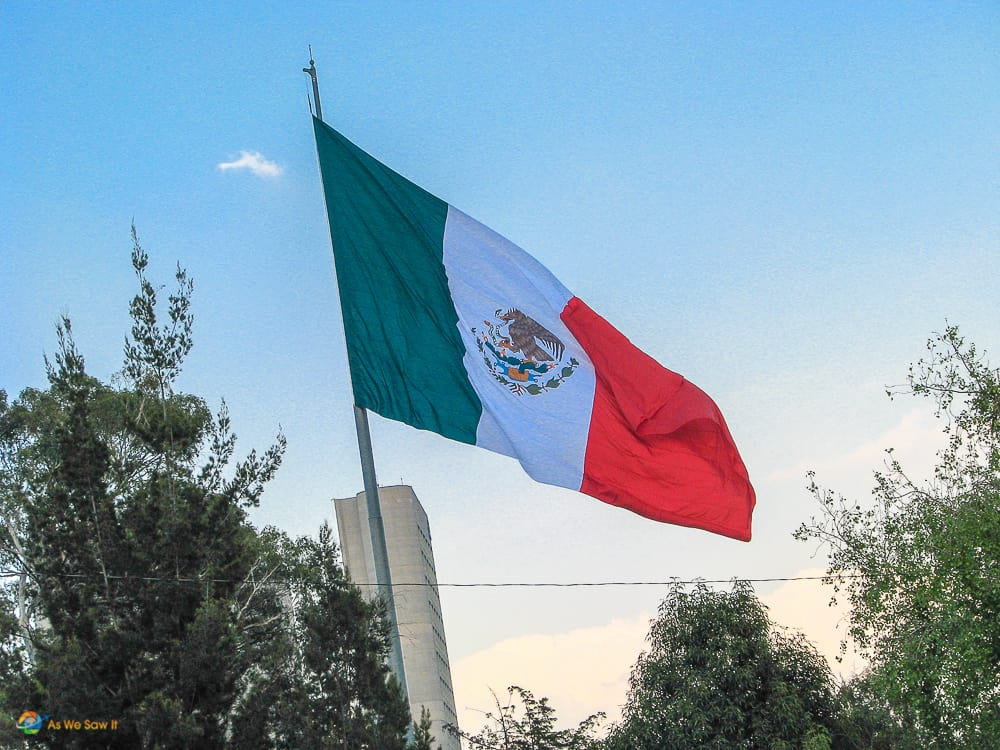 Mexican flag - Can Mexican passport holders visit Europe?