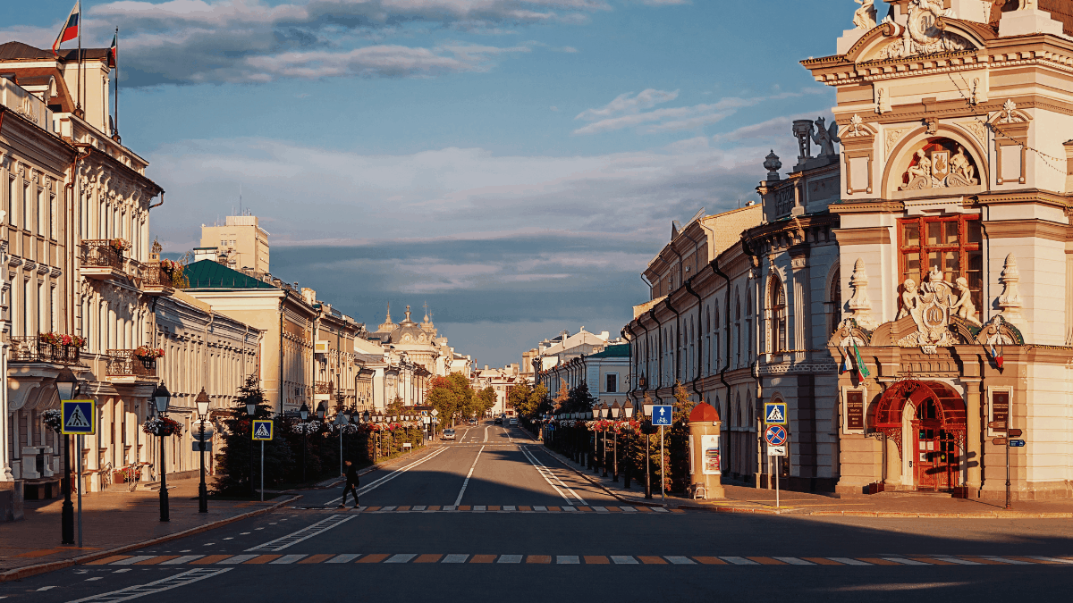 Wide street in the capital of Tatarstan. You can find many souvenirs of Kazan on streets like this.