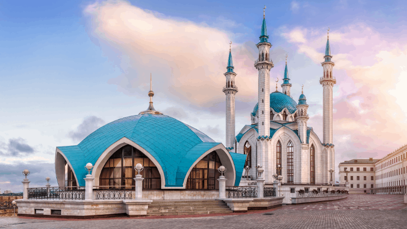 The city's kremlin is one of the most popular images on souvenirs of Kazan.