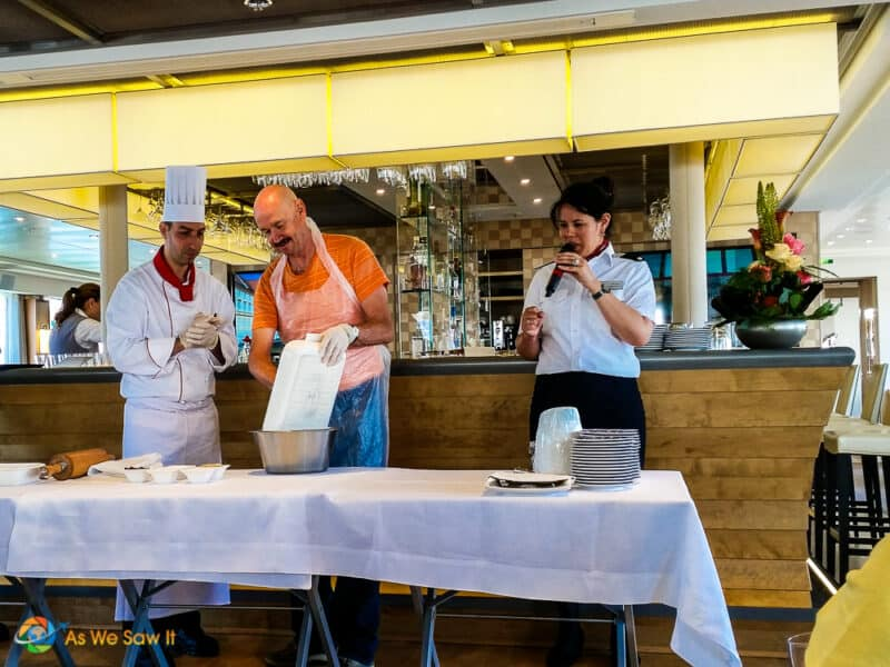 Cooking class on a river cruise