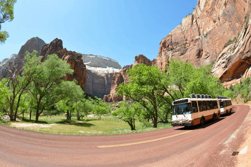 Bus tour through canyon on a Las Vegas day trip
