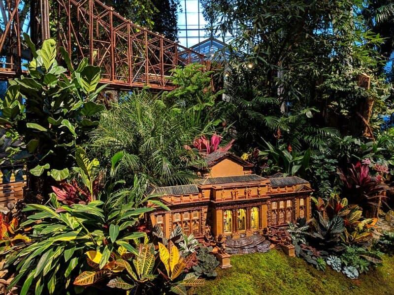 Miniature New York landmarks at NYBG's Holiday Train Show
