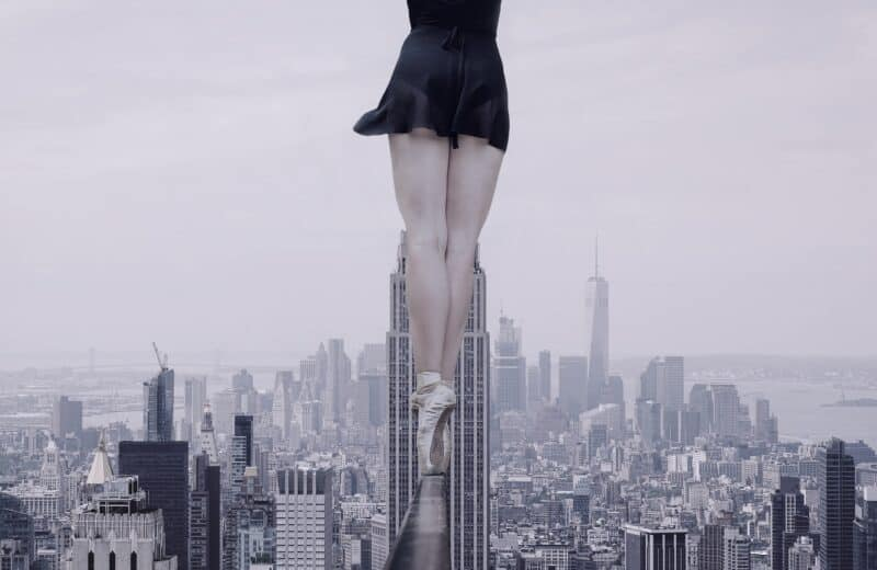 Ballerina en pointe with NYC skyline in the background