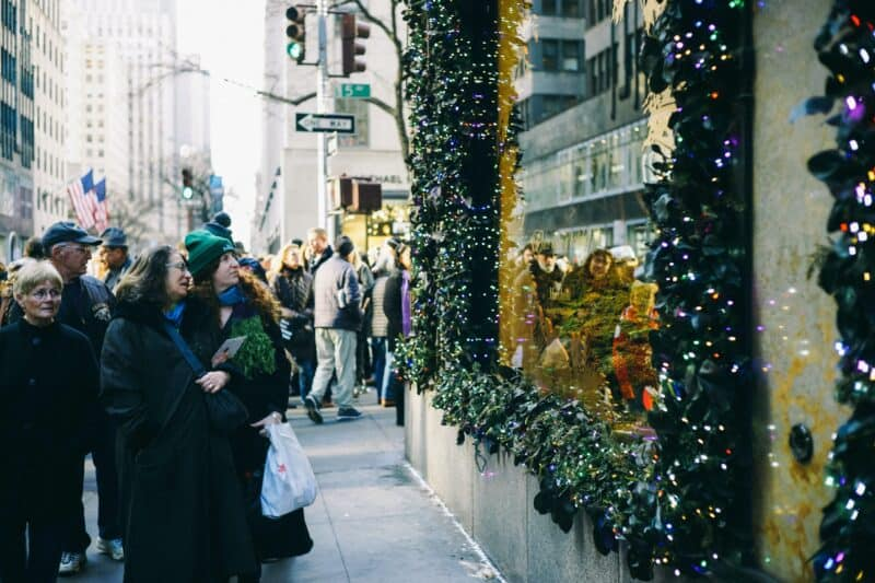 Window shoppers on Fifth Avenue during winter in New York City