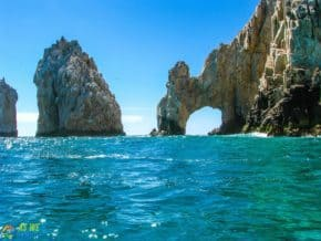 Southern arch of Cabo San Lucas
