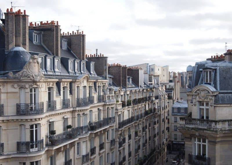 row of houses in Paris 17th arrondissement
