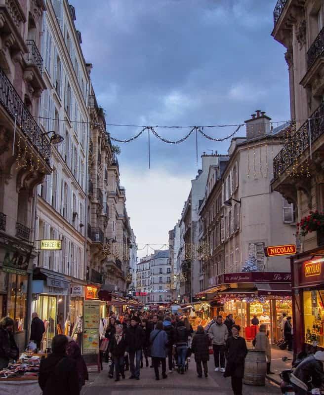 Rue de Levis