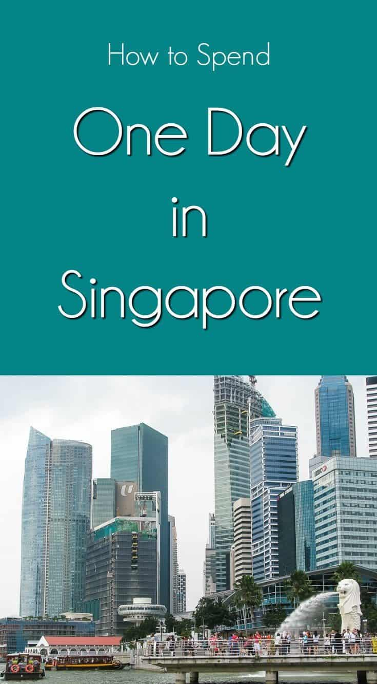 merlion park and text overlay how to spend one day in singapore